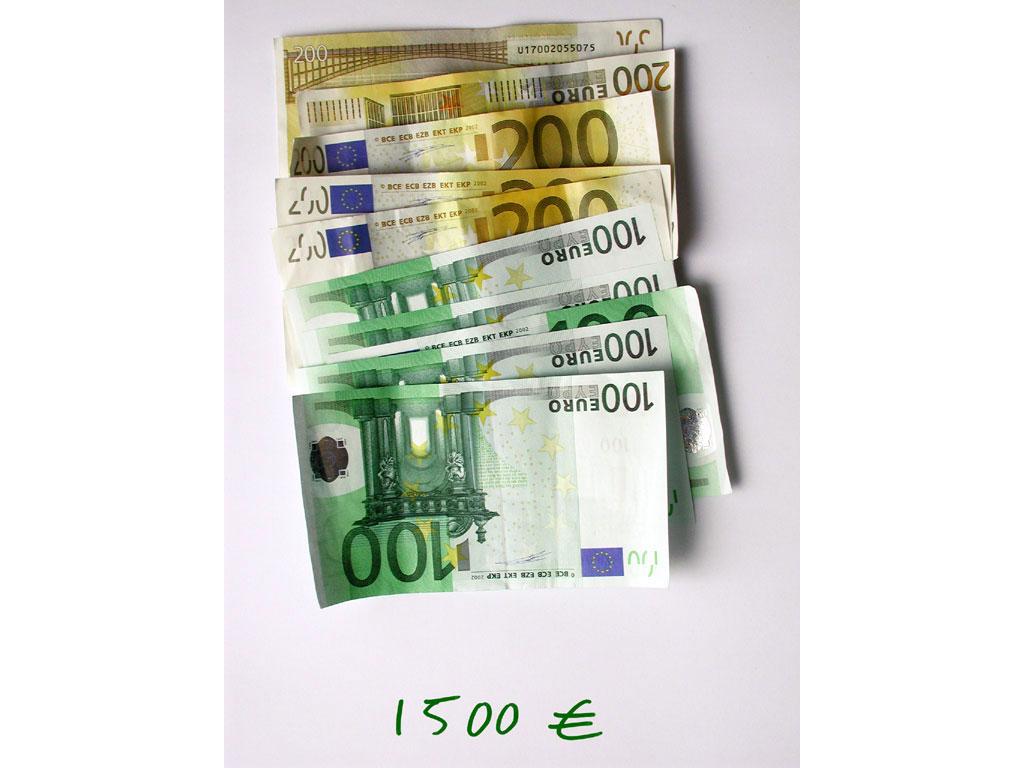 Claude Closky, '1,500 euros (5x200+5x100)', 2002, c-print, permanent felt-tip pen, 32 x 24 cm.