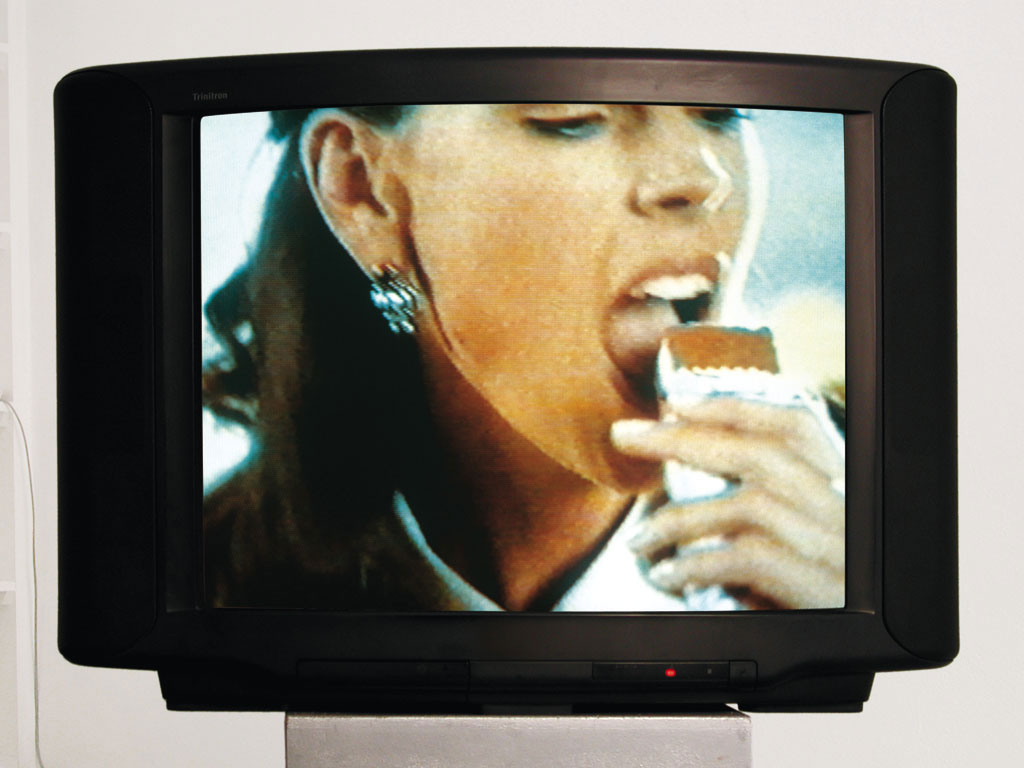 Claude Closky, '200 mouths to feed', 1994, monitor, dvd, dvd player, silent, loop. Coproduction Centre pour l'image contemporaine (s-g,g), Geneva.