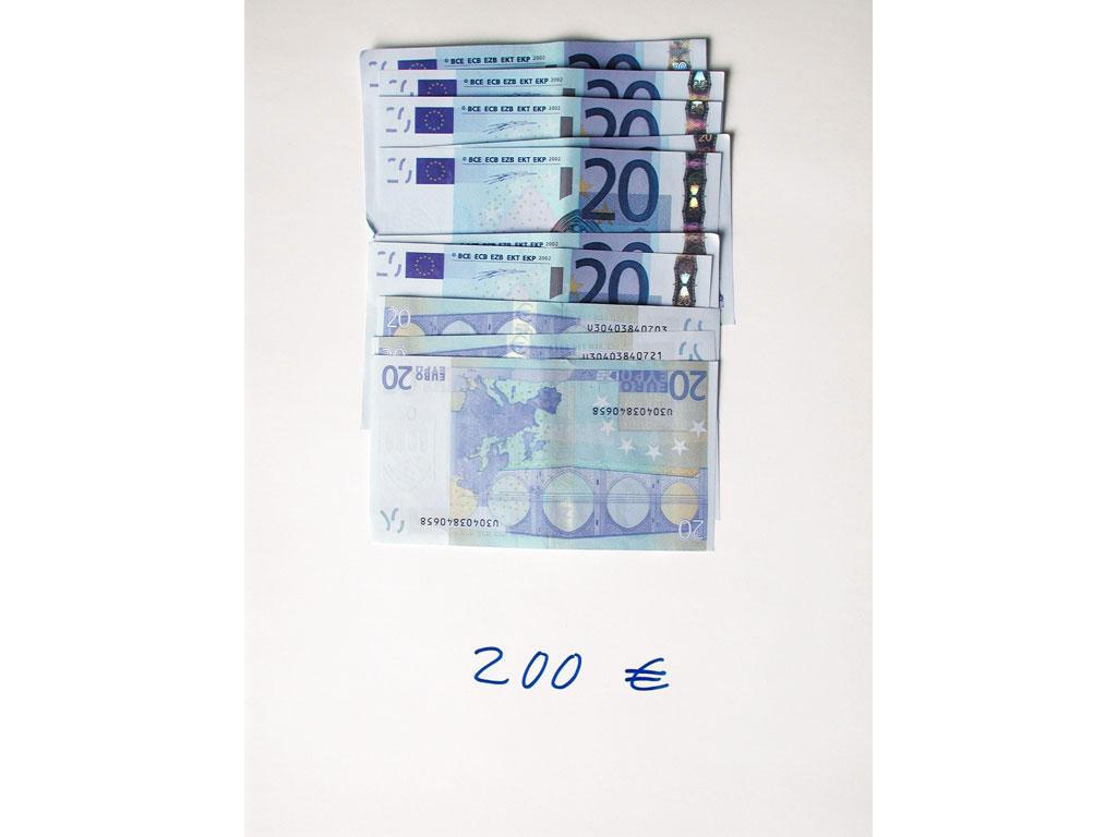 Claude Closky, '200 euros (10x20)', 2002, c-print, permanent felt-tip pen, 32 x 24 cm.