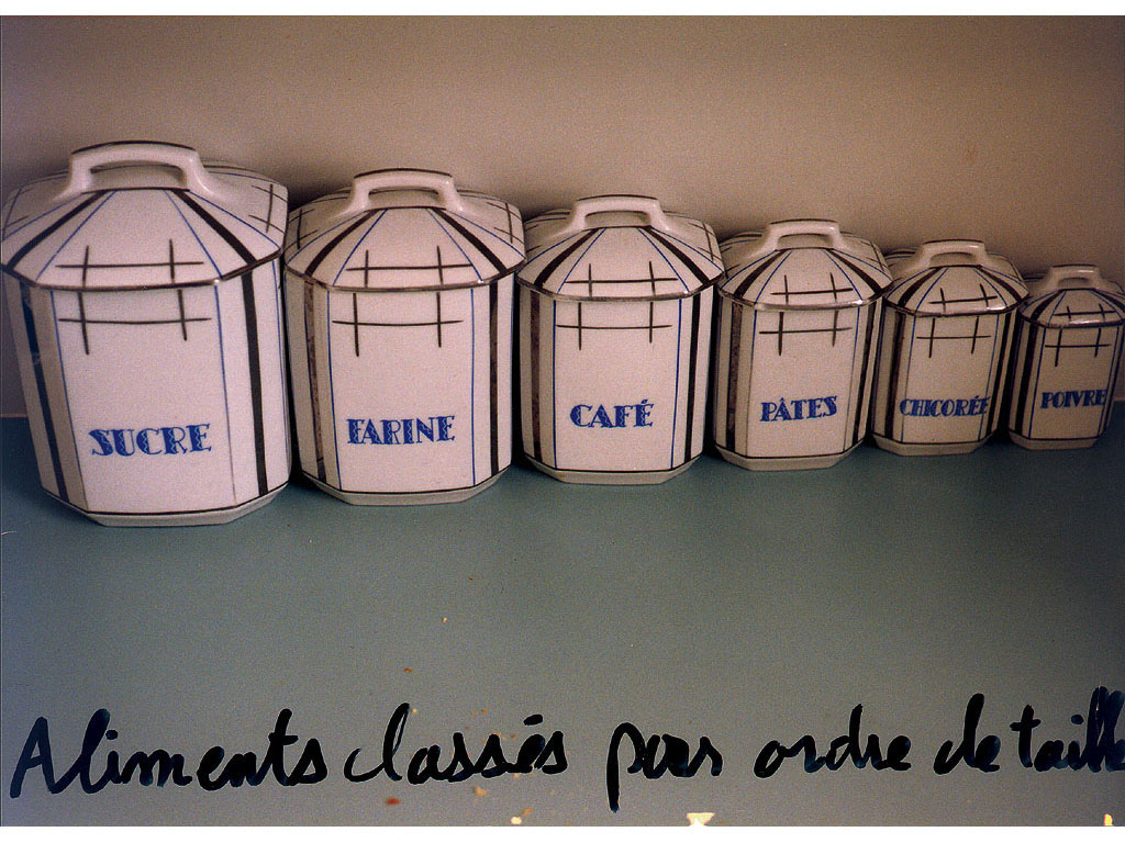 Claude Closky, 'Aliments classés par ordre de taille [Food classified by size],' 1995, c-print, permanent felt pen, 15,2 x 22,5 cm.