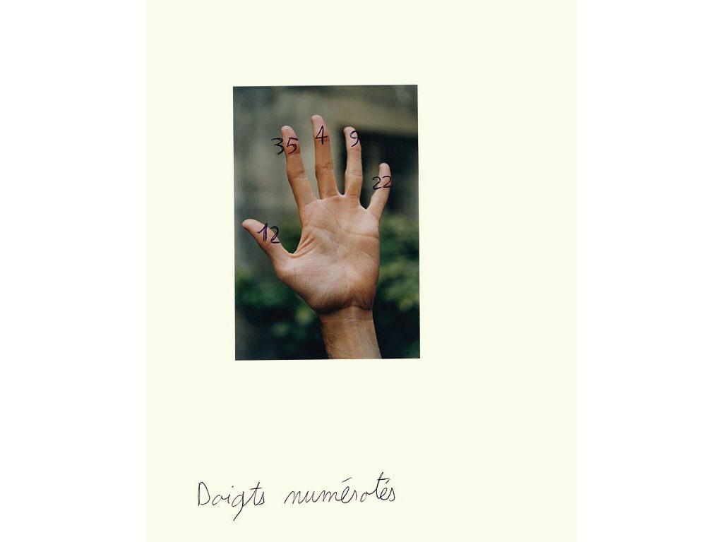 Claude Closky, 'Doigts numérotés [Numbering fingers]', 1993, c-print and ballpoint pen, 30 x 24 cm.