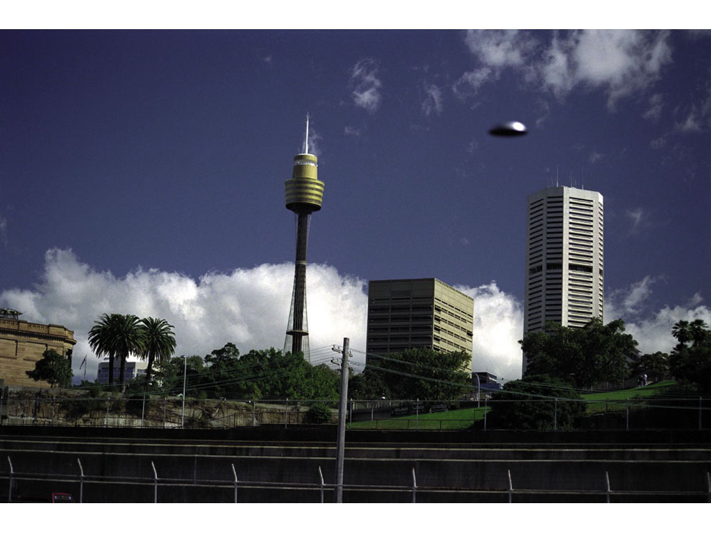 Claude Closky, 'Flying saucer, Sydney (1)', 1996, c-print, 20 x 30 cm.