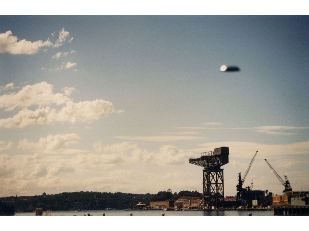 Claude Closky, 'Flying saucer, port de Sydney (3)', 1996, c-print, 20 x 30 cm.