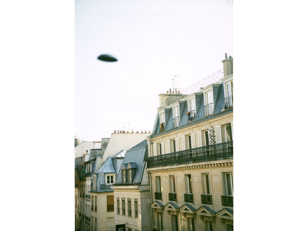 Claude Closky, 'Flying saucer, rue Saint-Denis n°1', 1996, c-print, 30 x 20 cm.
