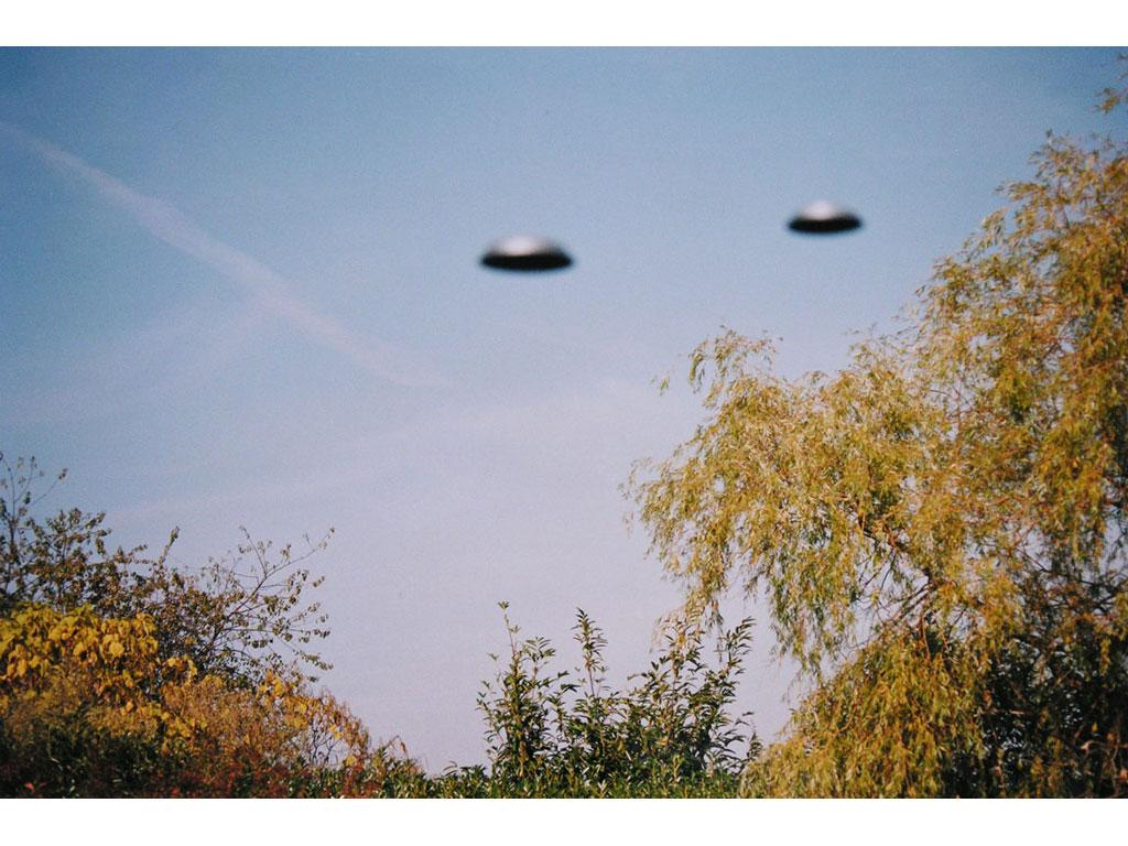 Claude Closky, 'Flying saucer, Allée du Jardin (1)', 1996, c-print, 20 x 30 cm.