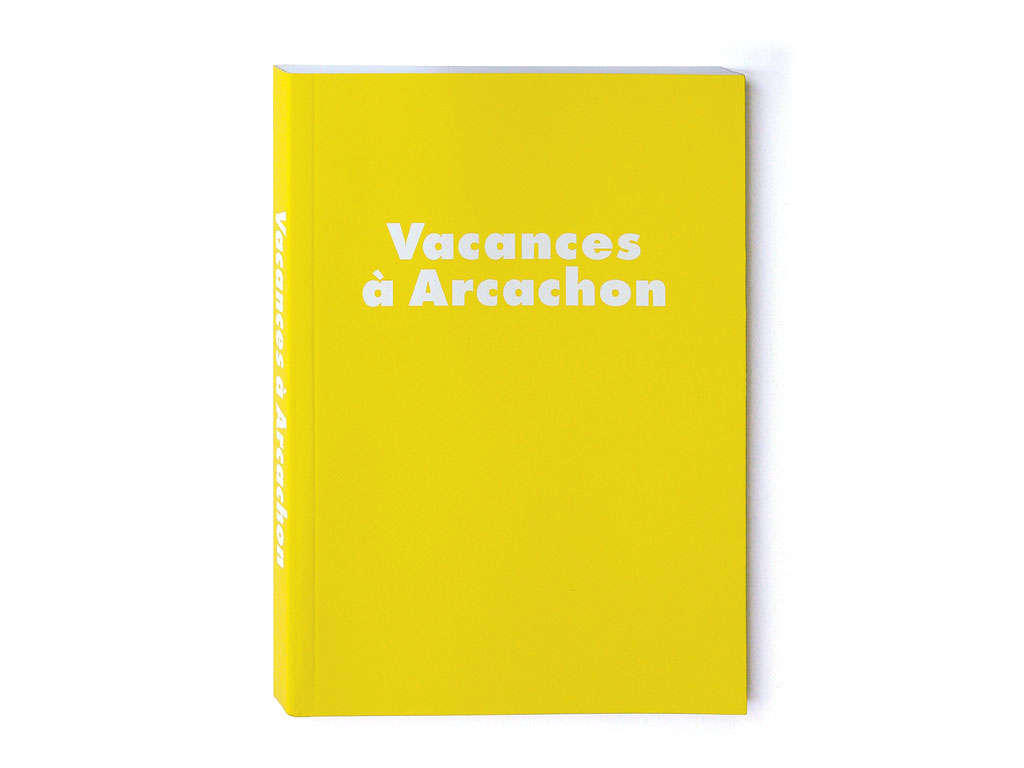 Claude Closky, 'Vacances à Arcachon [Holiday in Arcachon],' 2000, Paris: Galerie Jennifer Flay. Two color offset, 196 pages, 21 x 15 cm.