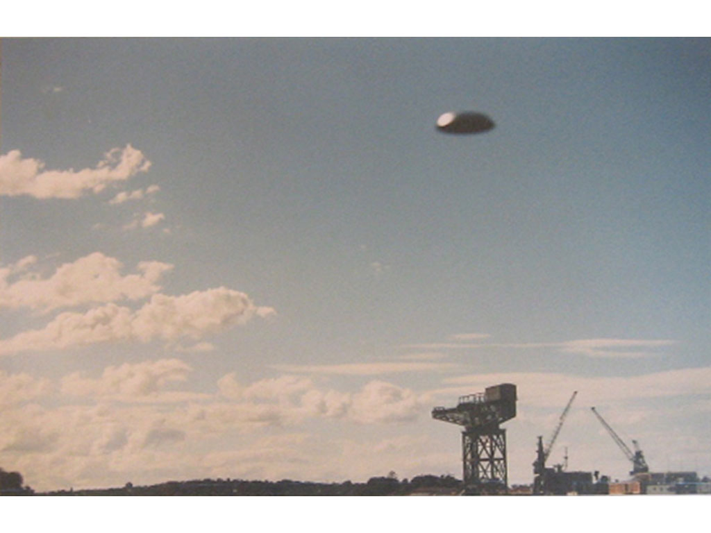 Claude Closky, 'Flying saucer,  Sydney  harbor (7)', 1996, c-print, 20 x 30 cm.