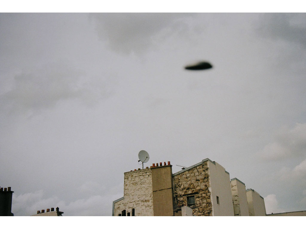 Claude Closky, 'Flying saucer, rue Varlin (7)', 1996, c-print, 20 x 30 cm.